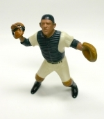 Hartland Statue Yogi Berra with mask (New York Yankees)