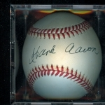 Autographed Baseball Hank Aaron PSA/DNA (Atlanta Braves)