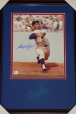 Sandy Koufax -Signed 8 x 10 - GAI(Los Angeles Dodgers)