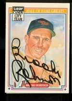 Brooks Robinson Autographed Card (Baltimore Orioles)