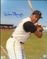 Willie Stargell Signed 8x10 (Pittsburgh Pirates)