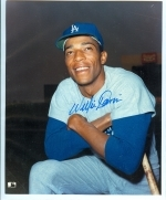 Willie Davis Autographed 8x10 (Los Angeles Dodgers)